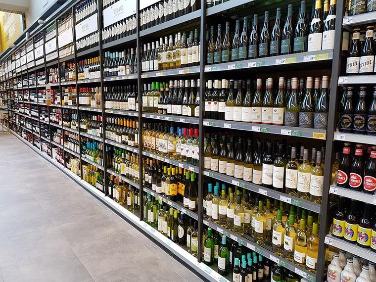 Grande surface pour vin de Jura